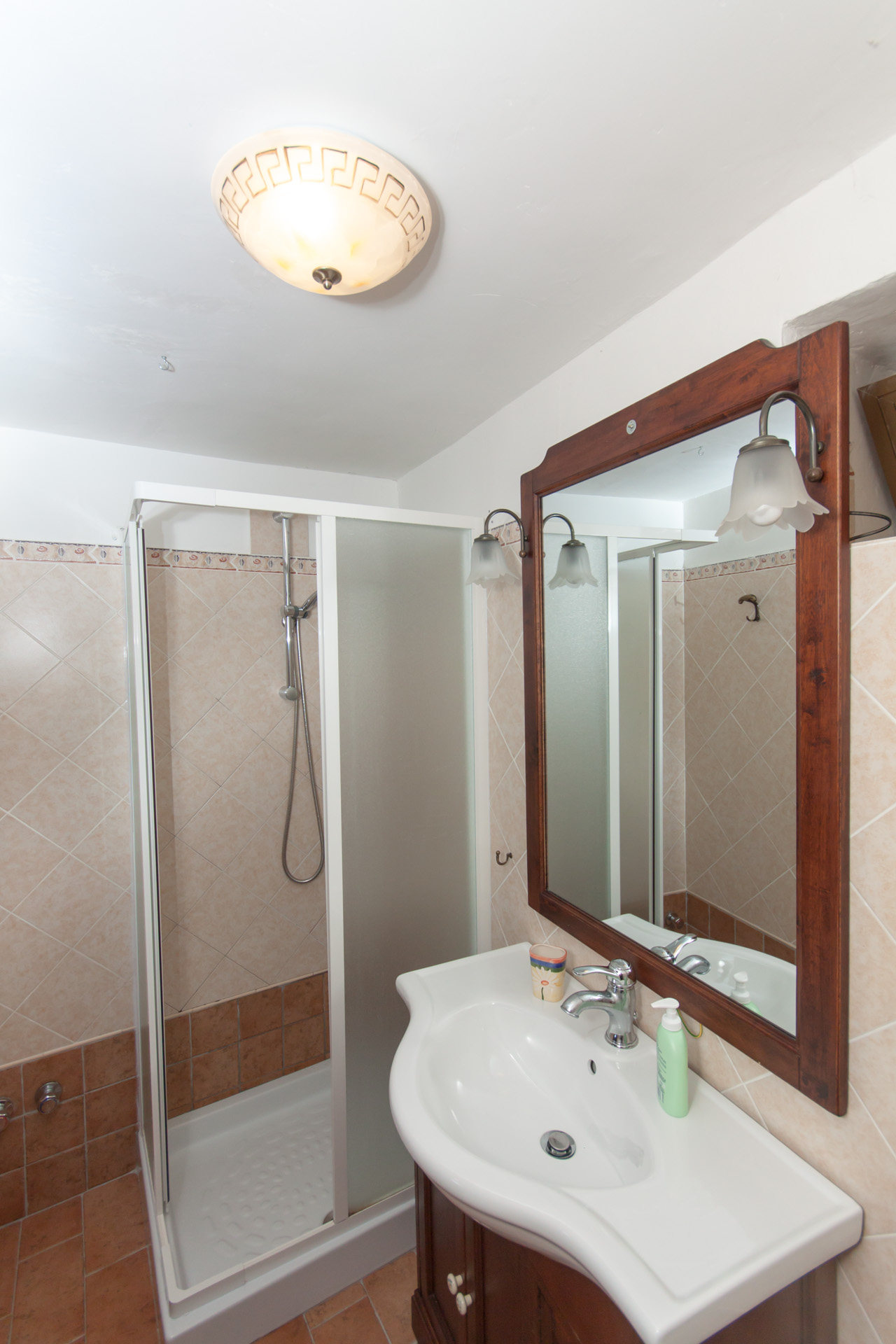 http://www.bebilborgo.com/sito/uploads/2014/07/appartamento-scapoli-zia-carmelina-IMG_9615.jpg