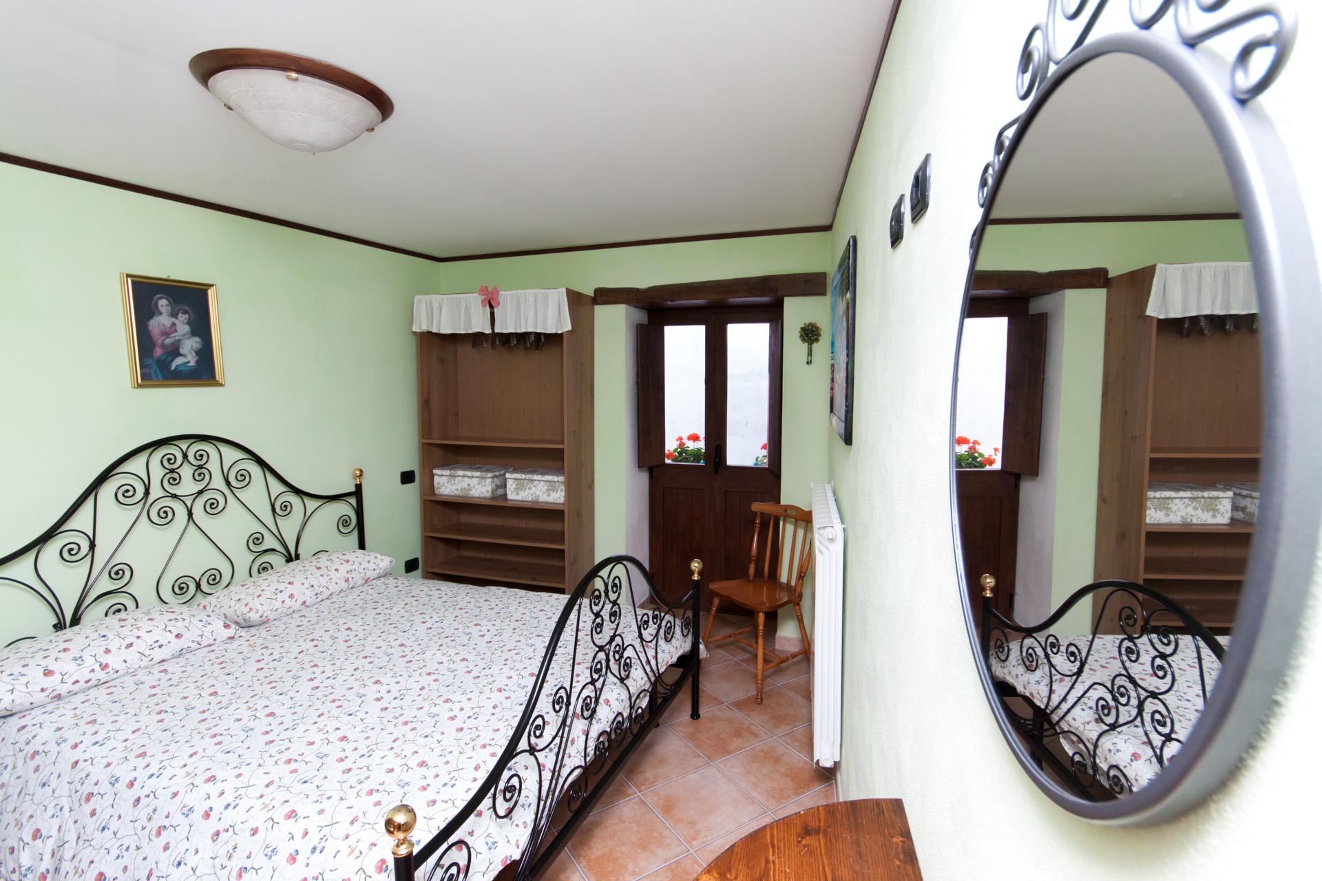 http://www.bebilborgo.com/sito/uploads/2014/07/appartamento-scapoli-zio-tullio-IMG_9768.jpg