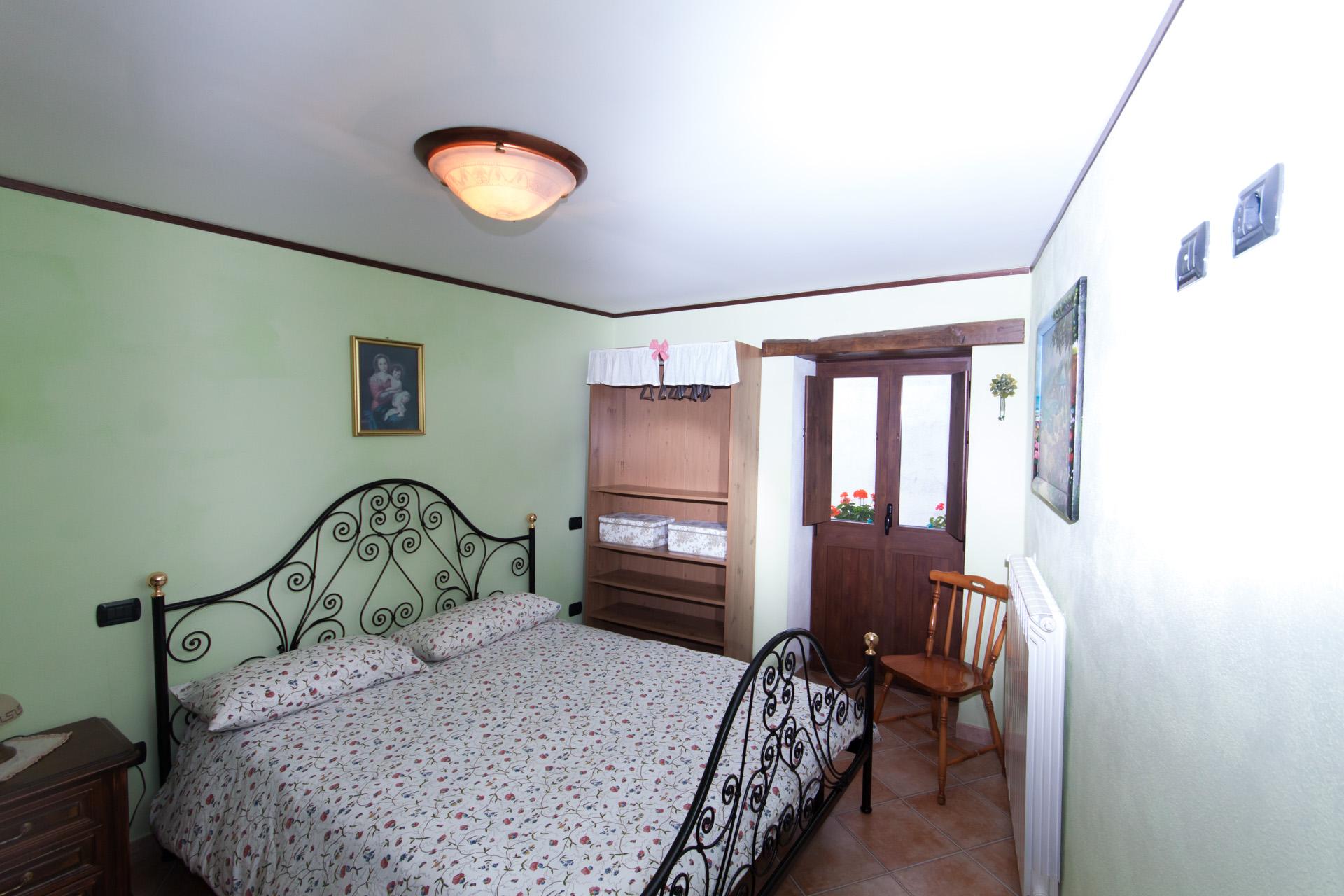 http://www.bebilborgo.com/sito/uploads/2014/07/appartamento-scapoli-zio-tullio-IMG_9776.jpg